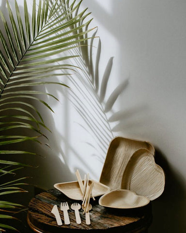 Palm leaf plates of different shapes(heart round rectangle)