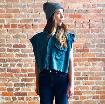 Teal raw hem sleeveless button down flannel