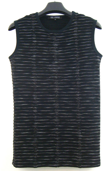 2006 Laser-Cut Overlaid Knit Sleeveless Top