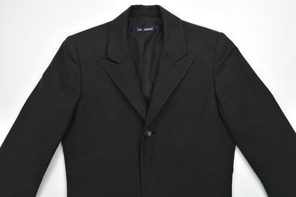 1998 Vintage Cotton Peak Lapel Minimalist Evening Coat