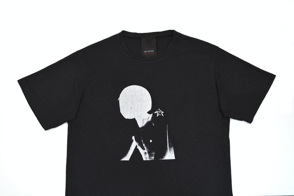 2005 Limited Edition Oversized T-Shirt with 'Isolated Heroes' Print