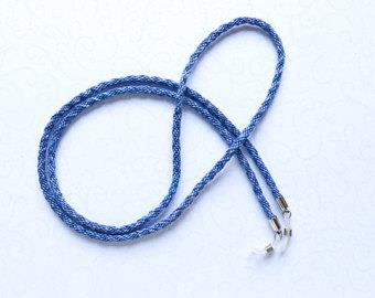 Eyeglass string. Blue.