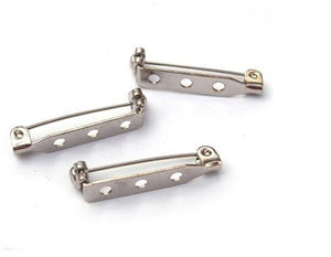 WOT findings. Barpins, 32 mm. Silver coloured. 12 pack.