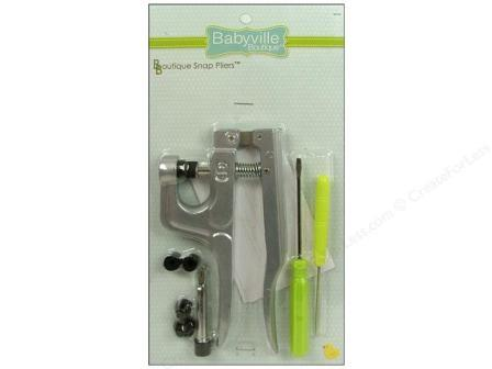 Babyville boutique 12 piece, snap applicator kit.