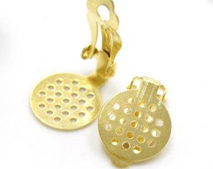 "WOT findings, earring disc clip, 5/8"". Perforated. Gold. 4 pack."