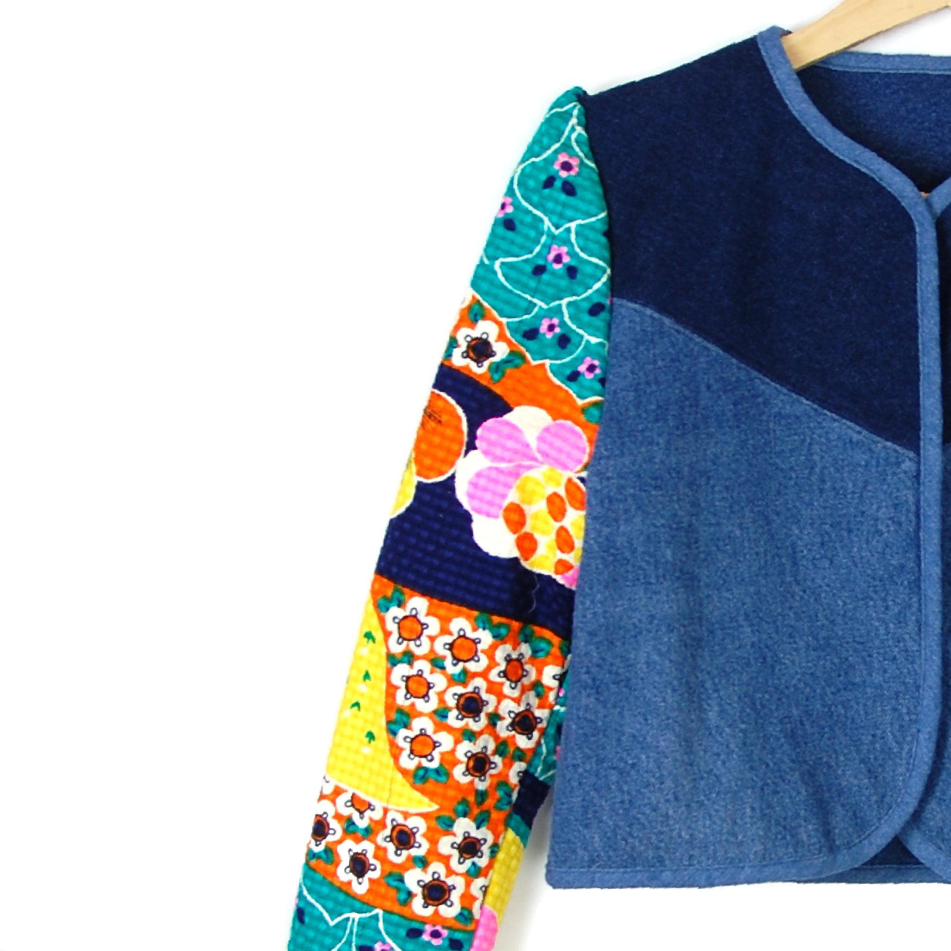 MAGIC CARPET QUILTED JACKET - Late to the Party