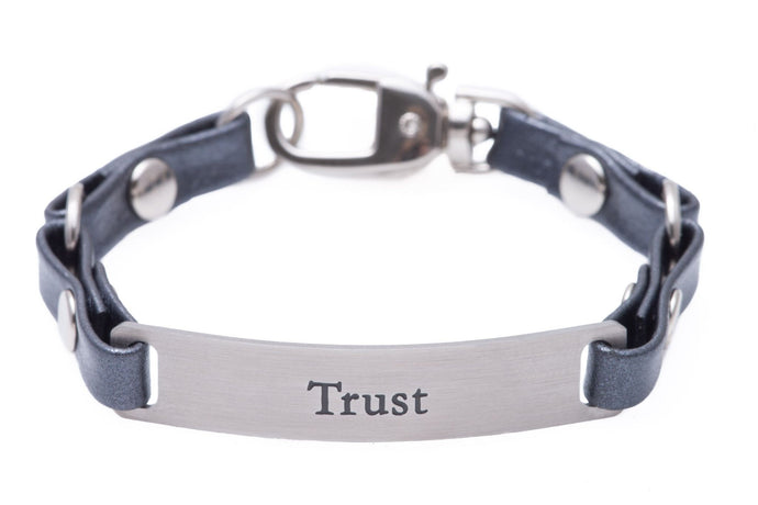 Mini Message Bracelet Gray Leather Trust
