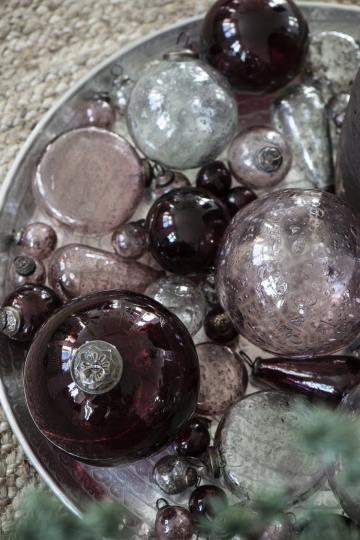 Set of 8 x Mini Antique Glass Burgundy Christmas Baubles