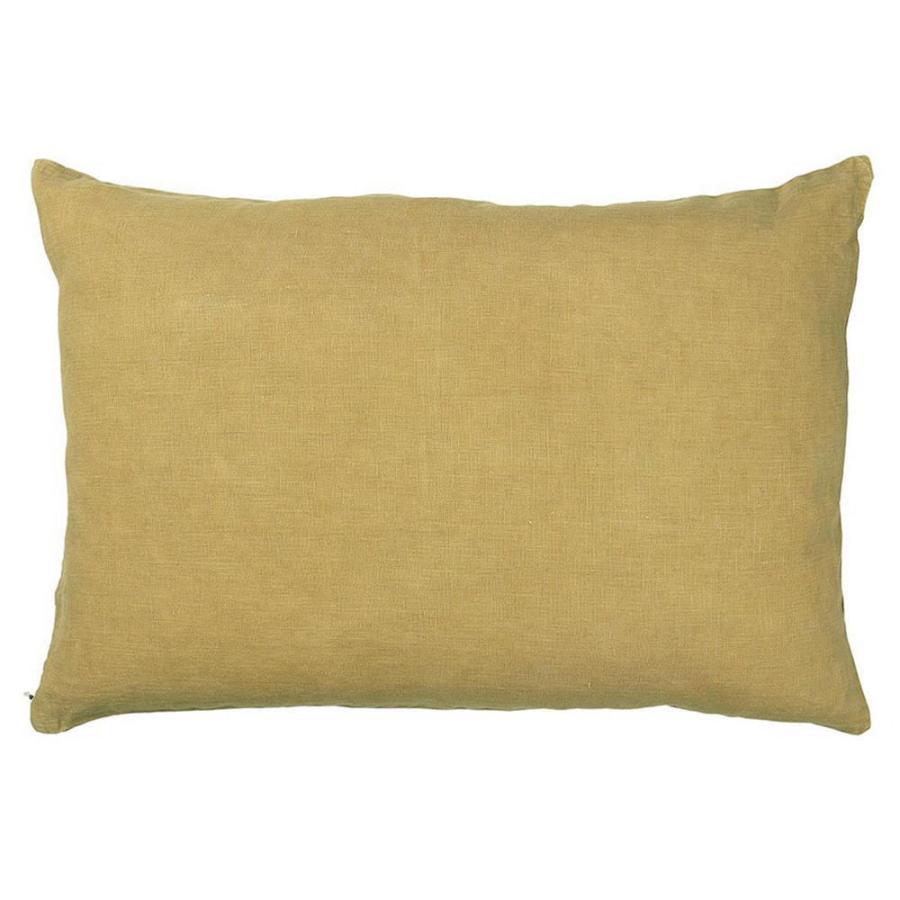 Oblong linen cushion cover in mustard yellow with hidden zip on side. 40x60cm. IB Laursen.