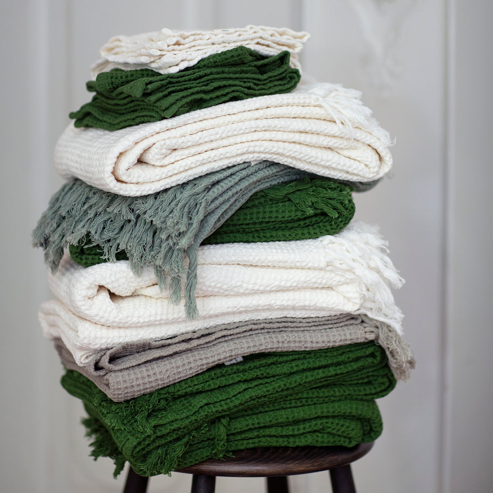 Set of 2 Forest Green Organic Cotton Waffle Kitchen Towels, 50 x 70 cm