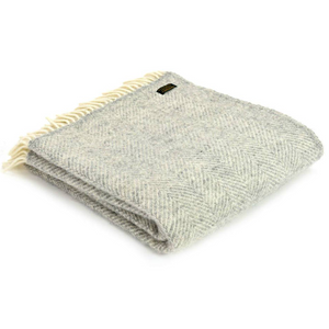 Load image into Gallery viewer, Silver Grey Fishbone Stripe Pure Wool Throw/Blanket