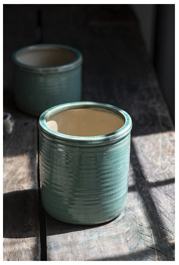 Load image into Gallery viewer, Ceramic glazed green pot
