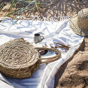 Load image into Gallery viewer, Boho Round Straw Bag