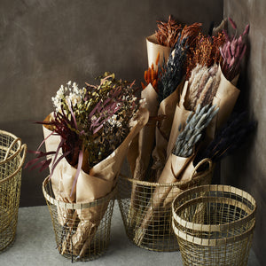 Dried branches of Eucalyptus leaves. Dyed Wine-red in bunches of 75g. Decoration.