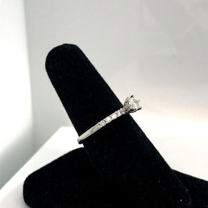 14k White Gold 1/2 Carat Total Weight Classic Diamond Engagement Ring