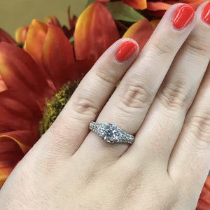 1 CT Engagement Ring (1.73 CTW)