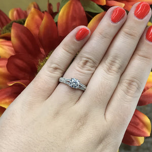 1.36 CTW Diamond Engagement Ring
