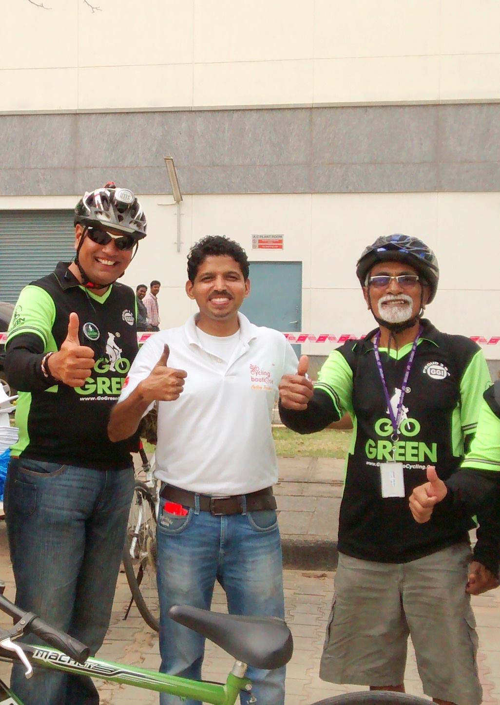 Biju Kunnappada with Mr. Go Green Rao of Go Gree Go Cycling and Mr. Janardhan one of the well known senior most cyclist in India