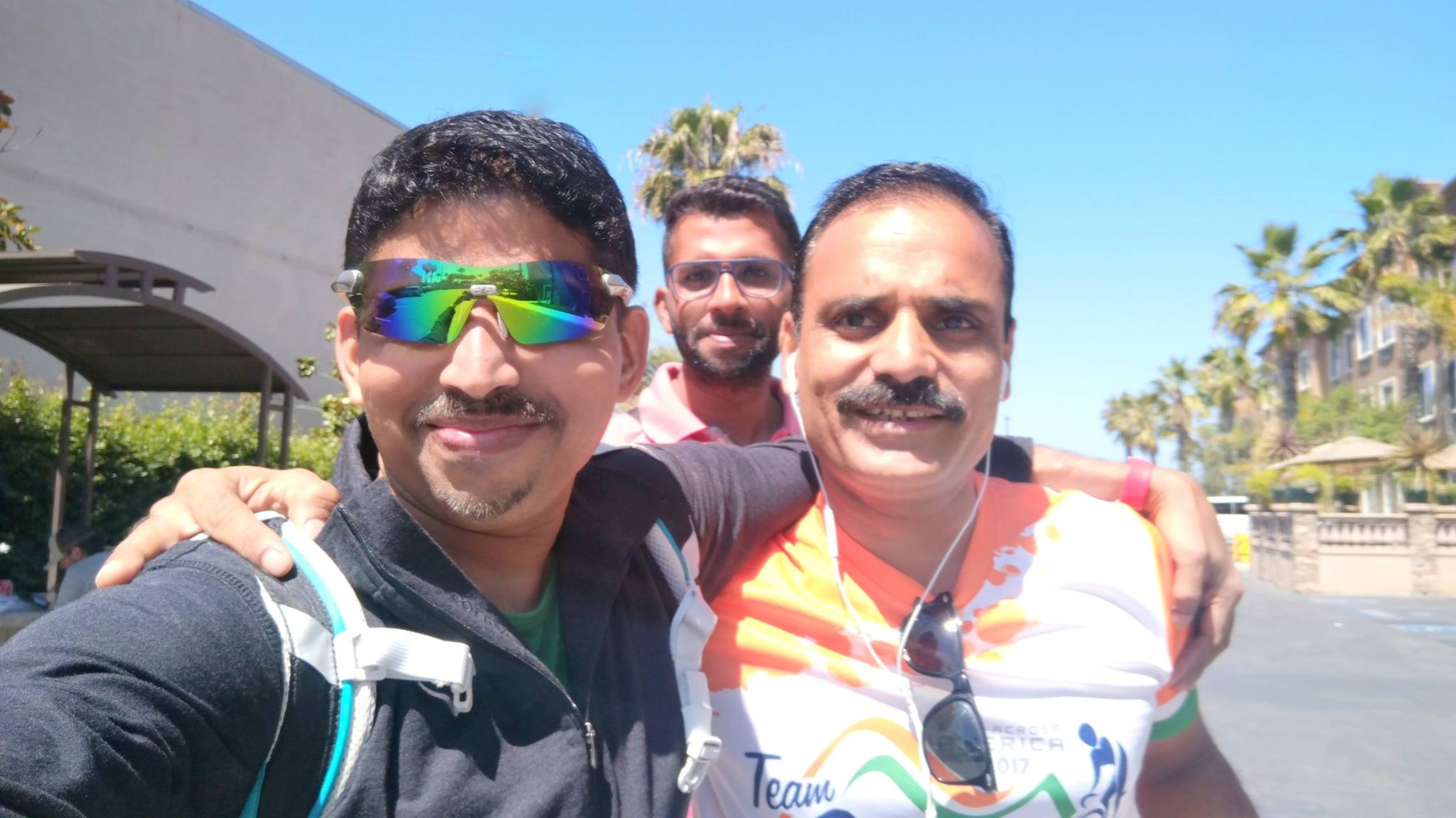 Biju Kunnappada with the great Race Across America (RAAM) winners - Kabir Rachure and Mahajan Brothers
