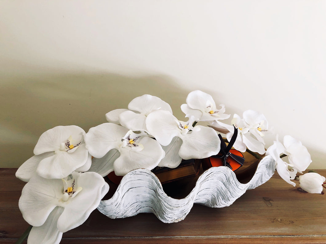 Vicky Yao Floral Bespoke - Luxurious Golden Phalaenopsis Shell Storage Box