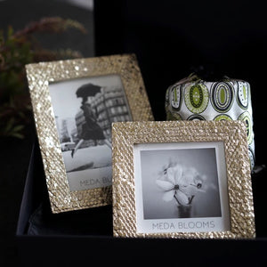 Vicky Yao Table Decor- Luxury Gold Resin Photo Frame - Vicky Yao Home Decor SEO