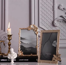 Load image into Gallery viewer, Vicky Yao Table Decor- Bird bright gold luxury Picture Frame - Vicky Yao Home Decor SEO
