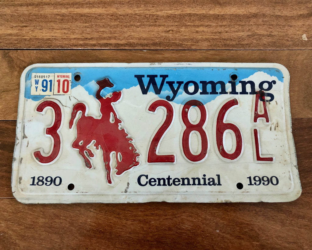 1990 Wyoming Bucking Bronco License Plate