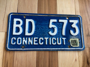 1975 Connecticut License Plate