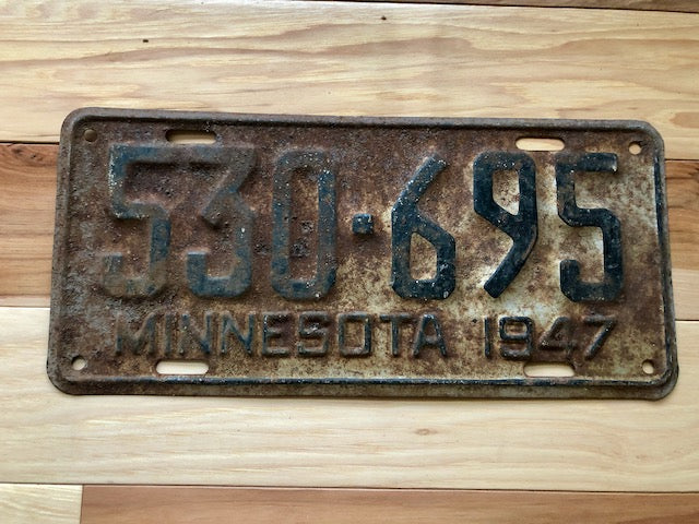 1947 Minnesota License Plate