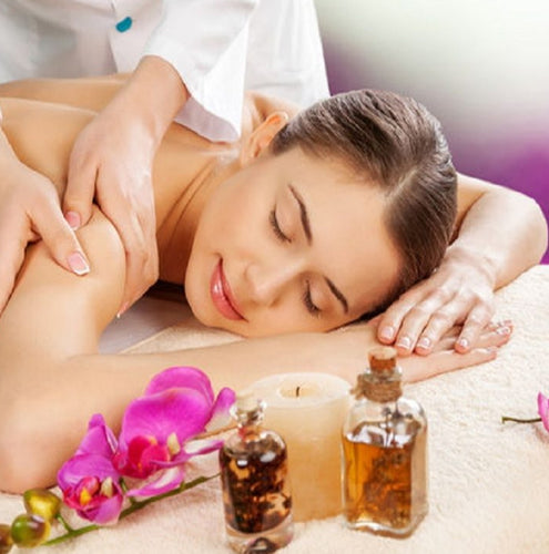 Relaxing beauty and massage treatments in Nerja.