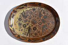 Load image into Gallery viewer, Oval Gardener's Plate in Walnut