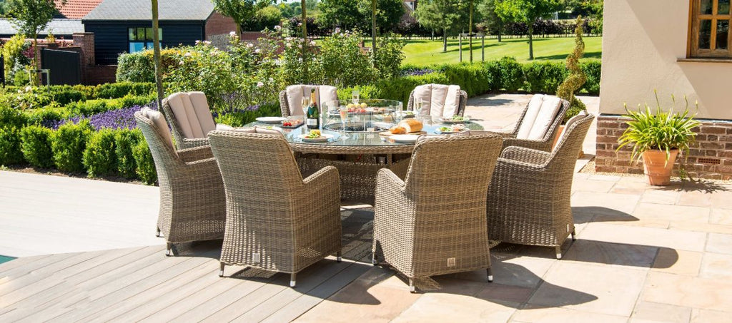Winchester Round Fire Pit Dining Set With 8 Venice Chairs