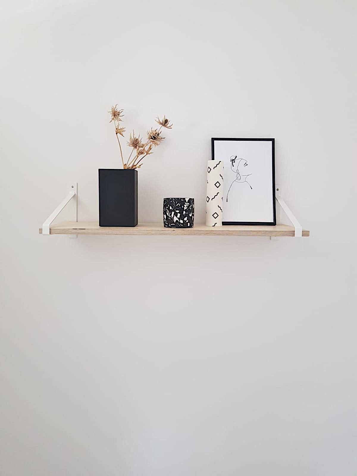 Scandi Display Shelf With White Suspense Brackets
