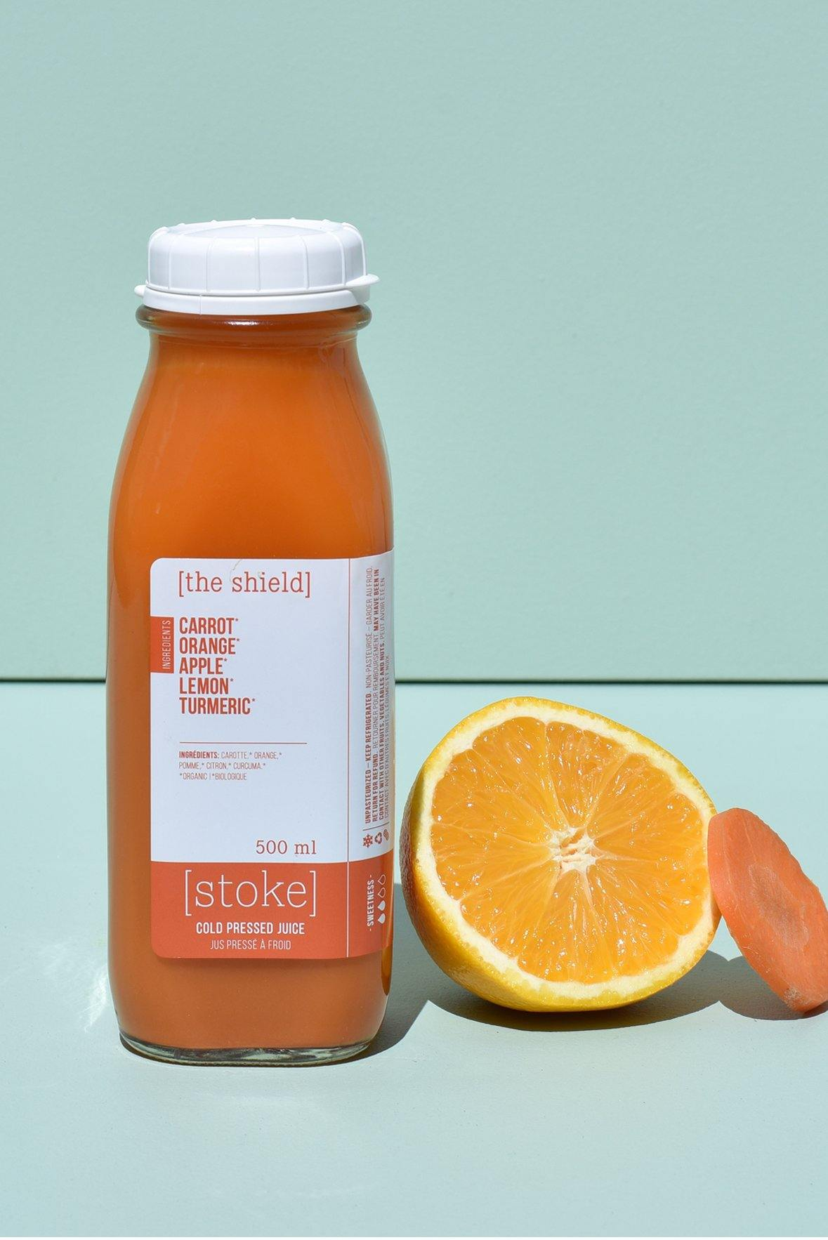 [ the shield ] cold pressed juice with carrot and orange