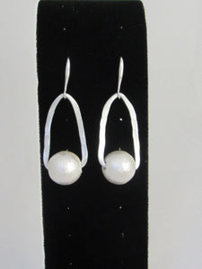 ER 131  Bali Earrings White