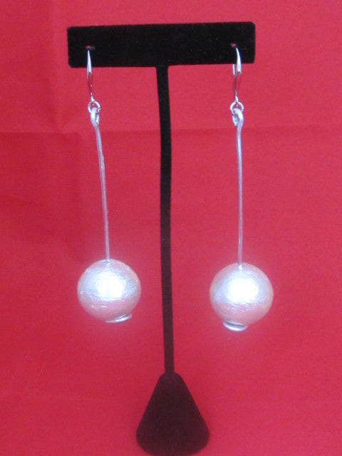 ER 221  Swing Earrings