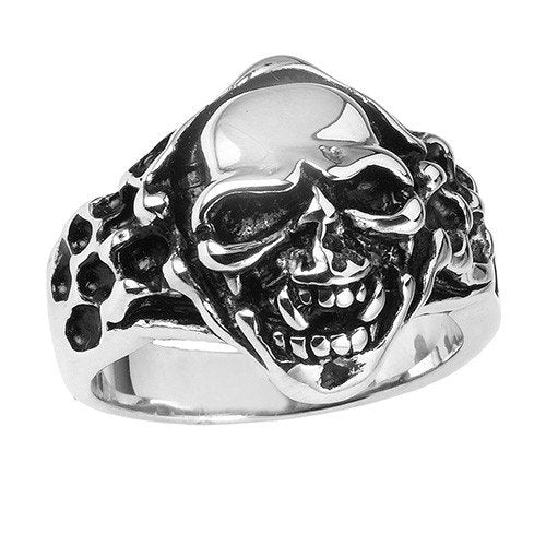 Gothic Skull Ring With Fangs (018)
