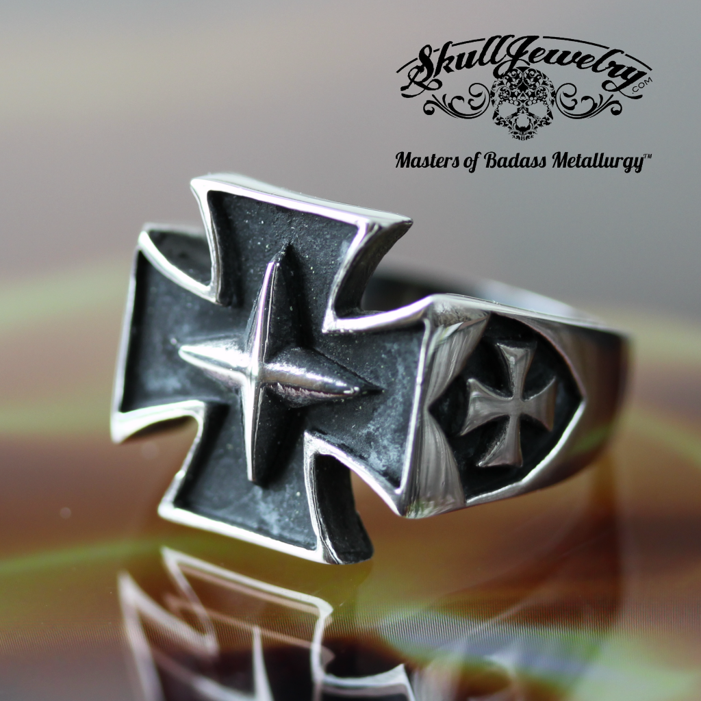 Stainless Steel Iron Cross Ring with Skull on sides (078)