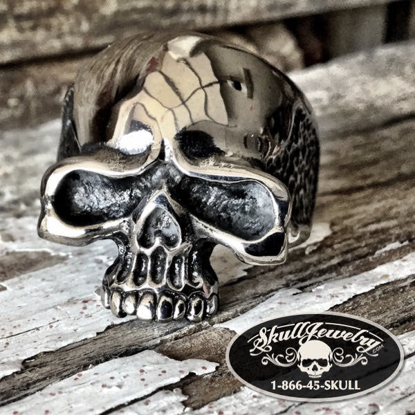 'Rock and Roll' Vintage Skull Ring