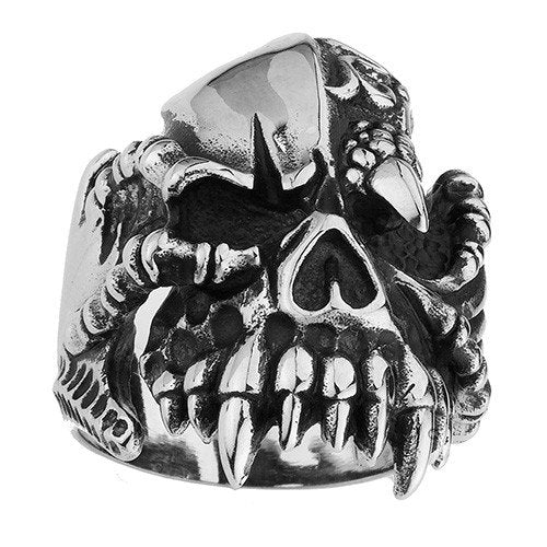 Skull Rings With Fangs And Talon in One Eye (125)
