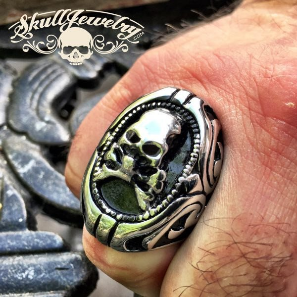 'Jolly Roger' Big, Bold & Heavy Skull Ring