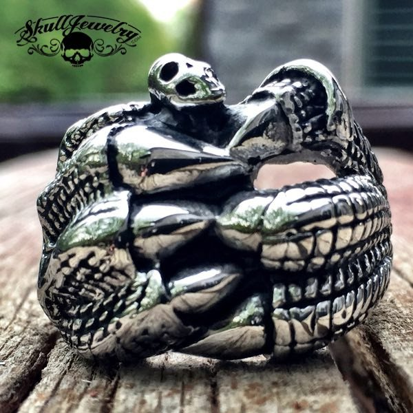 I'M FREE- Dragon Claw Holding a Skull Stainless Steel Ring