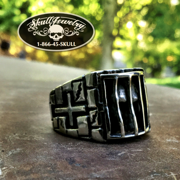 'Folsom Prison Blues' Stainless Steel Skull Behind Bars Ring