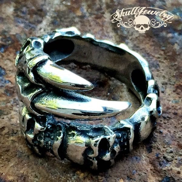 'Outlaw Man' Gothic 6 Skull Ring With Eagle Talon
