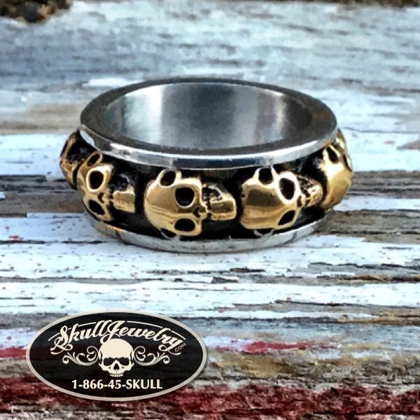 'Round & Round' Gold/Stainless Skull Ring