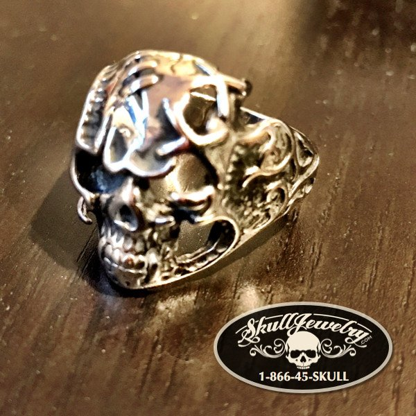 'Magic Carpet Ride' Decorated Stainless Skull Ring