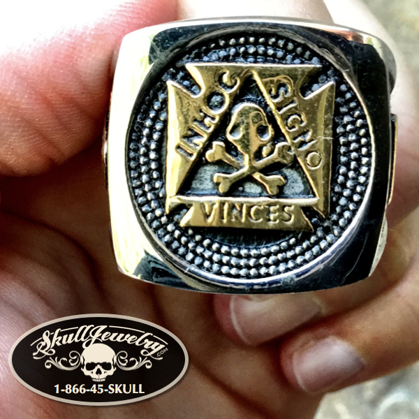 'In Hoc Signo Vinces' Ring