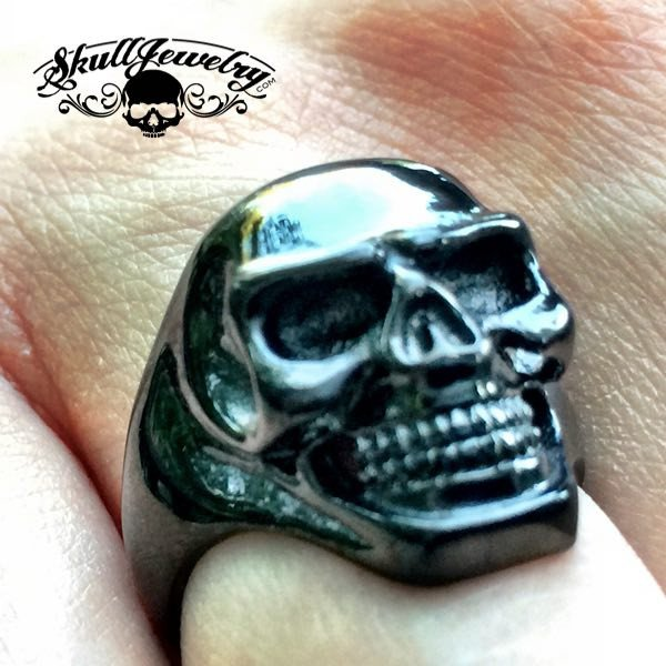 Small 'Back in Black' Stainless Steel Skull Ring
