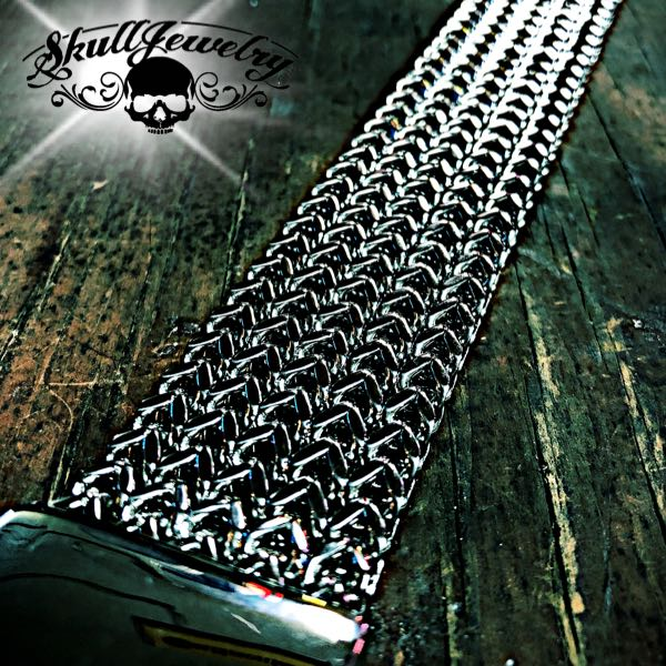 'Thick as Thieves' Thick Steel Bracelet (937)