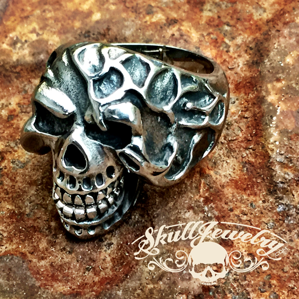 'Bad to the Bone' Stainless Steel Laughing Skull Ring with Moveable Jaw